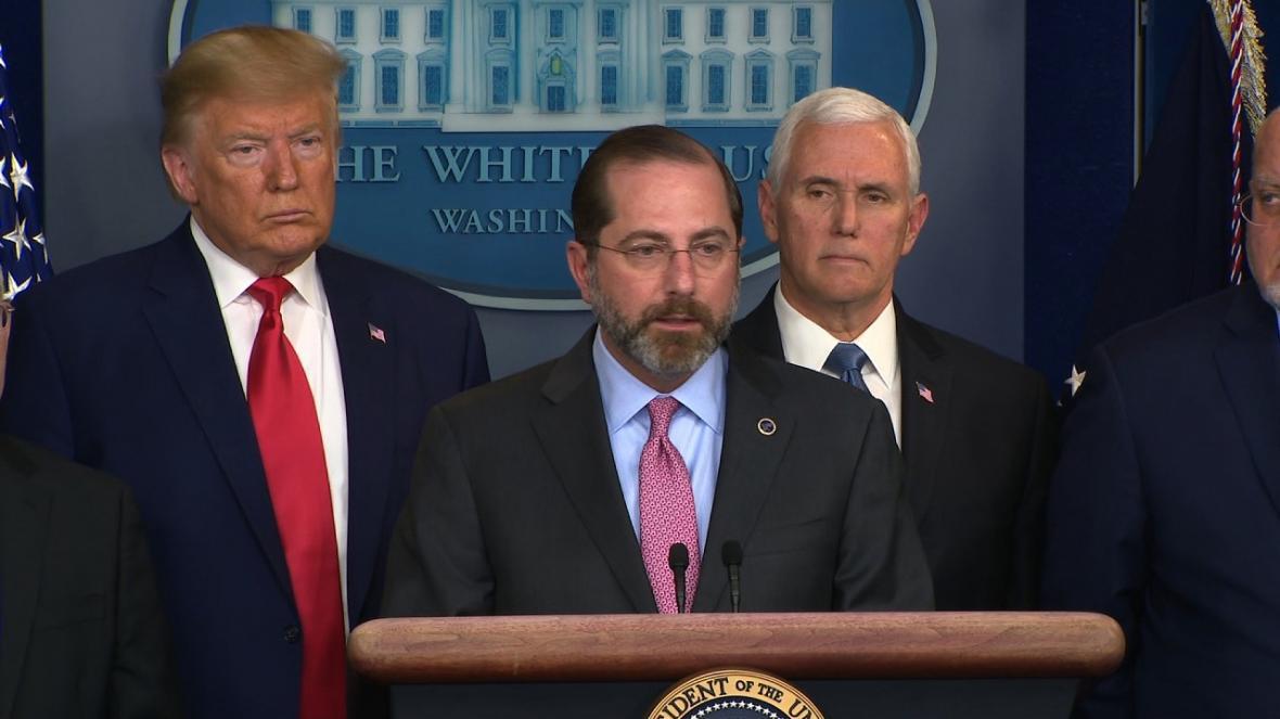 مقامات آمریکا در پی برکنار کردن وزیر بهداشت هستند