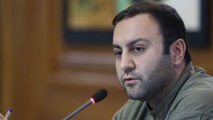 پیرهادی، نماینده مردم تهران: با آمریکا، پدرکشتگی داریم!